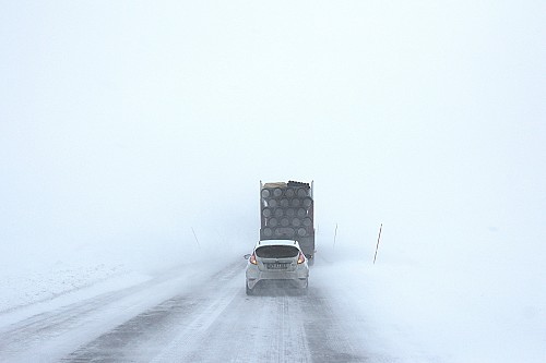 Toolbox talks: eight tips for safe winter driving